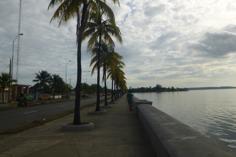 Cienfuegos Malecon Image