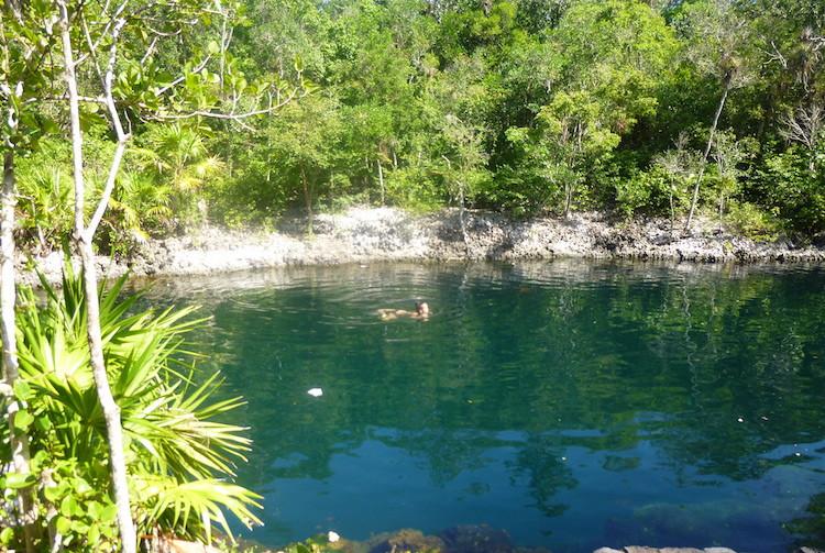 Giron Lake Image